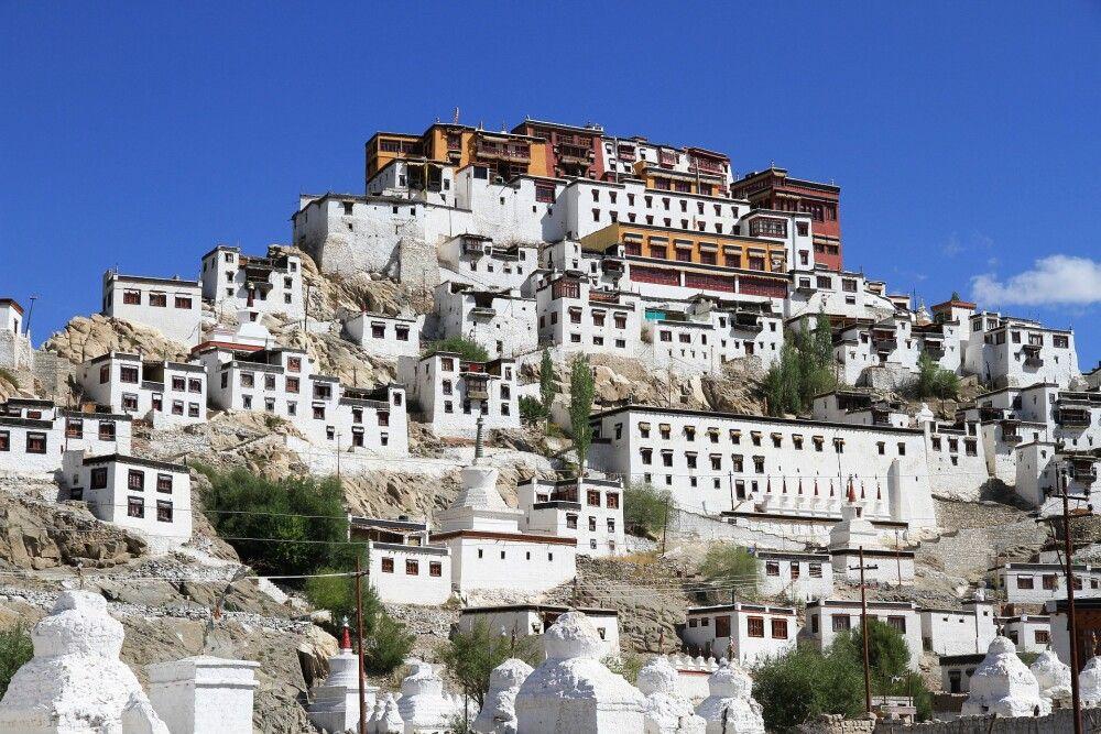 Die Klosterburg Thiksey erinnert stark an Tibet