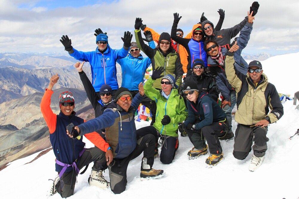 Gipfelfoto auf dem Stok Kangri (6121m)