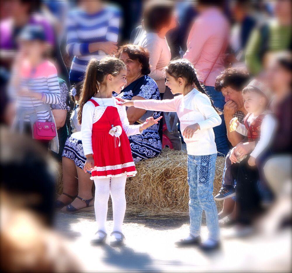 Armenische Kinder