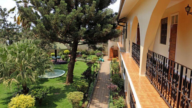 Garten im Springlands Hotel © Diamir