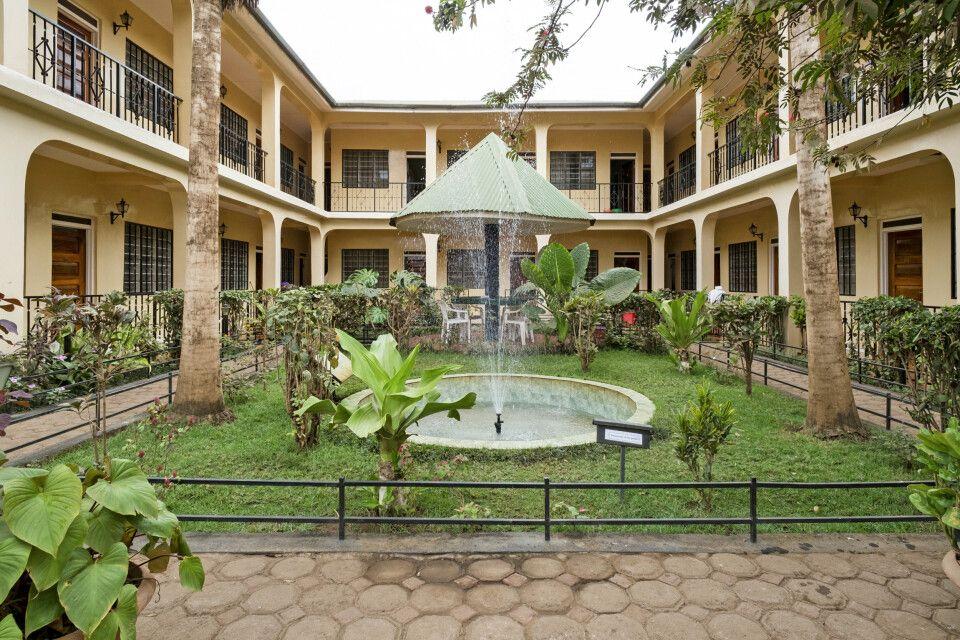 Innenhof im Springlands Hotel