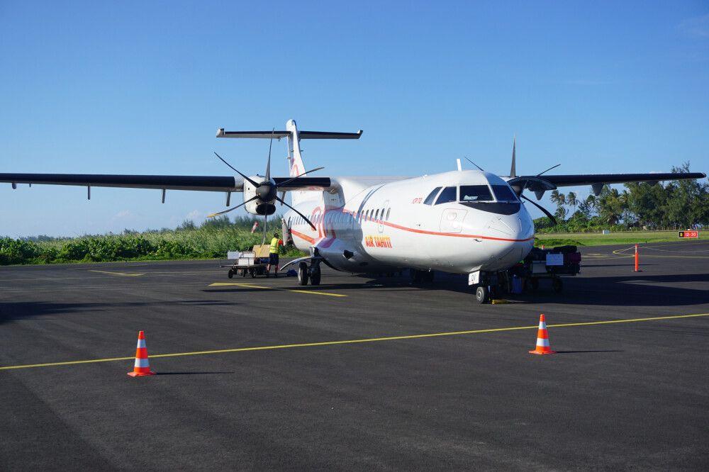 Mit der Air Tahiti wird von Insel zu Insel geflogen.
