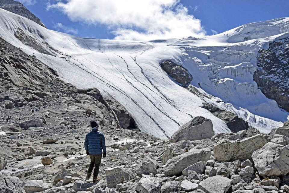 Blick zum Mera-La-Pass