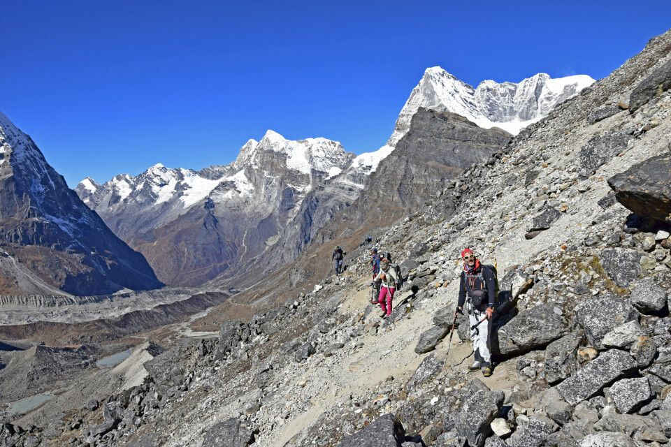 Moränenschutt, Geröll und schmale Pfade – Abenteuer Mera Peak