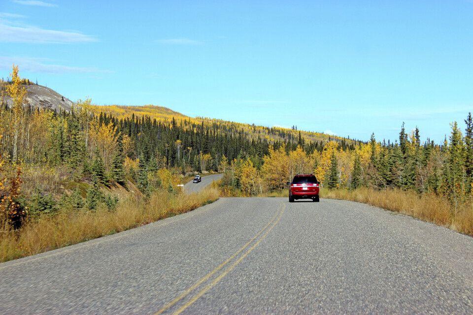 Mit dem Mietwagen durch den Yukon
