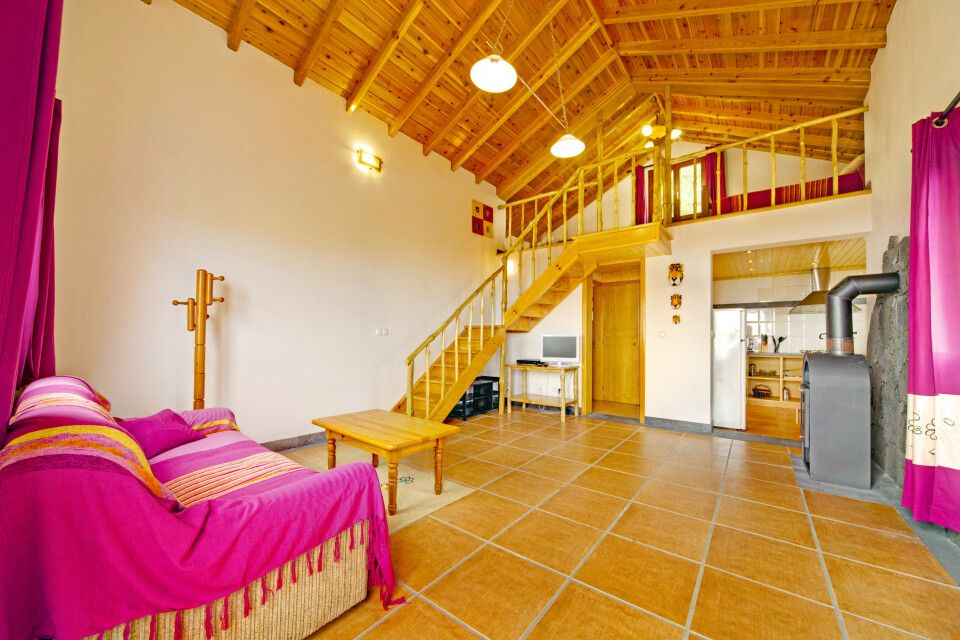 Casa Cachalote – Wohnzimmer mit Kamin