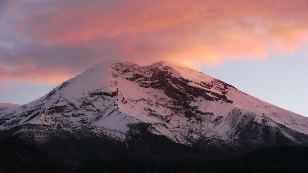Dämmerungsstimmung über dem Cotopaxi (5897m)