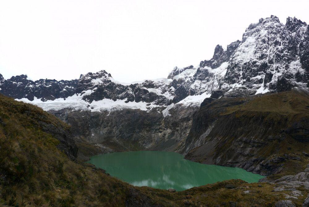 Laguna Amarilla am Vulkan El Altar (5319m)