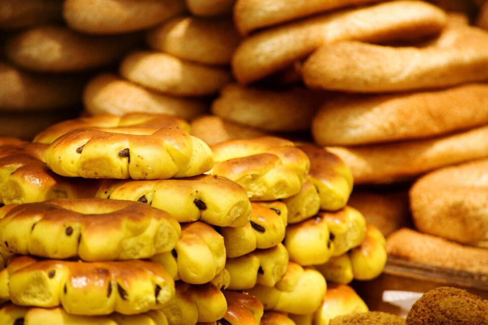 Brotstand auf dem Markt