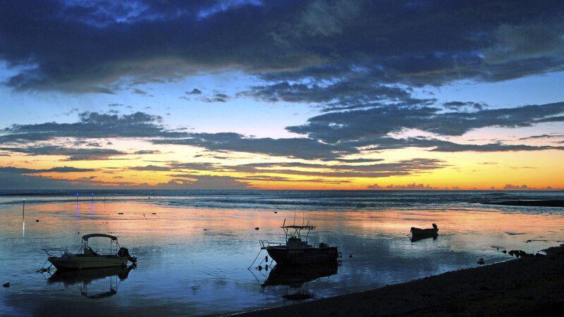 Sonnenuntergang auf La Réunion © Diamir