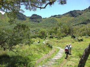 Wanderweg in den Talkessel Mafate