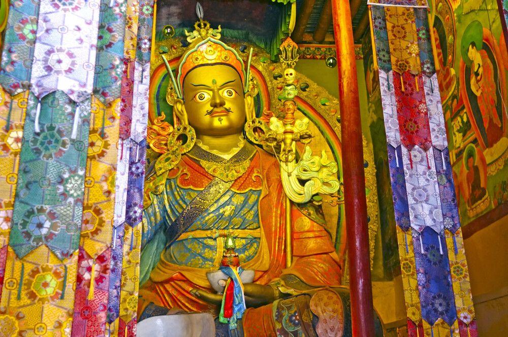 Ladakh Markha Valley Padmasambhava im Hemis Kloster