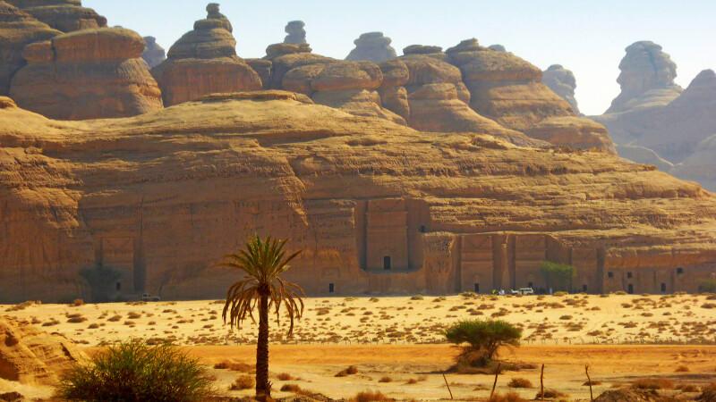 Blick auf die Ausgrabungsstätte Mada'in Salih © Diamir