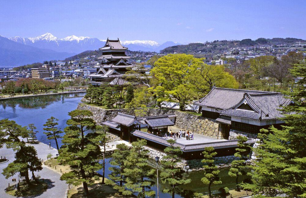 die prächtige Krähenburg von Matsumoto