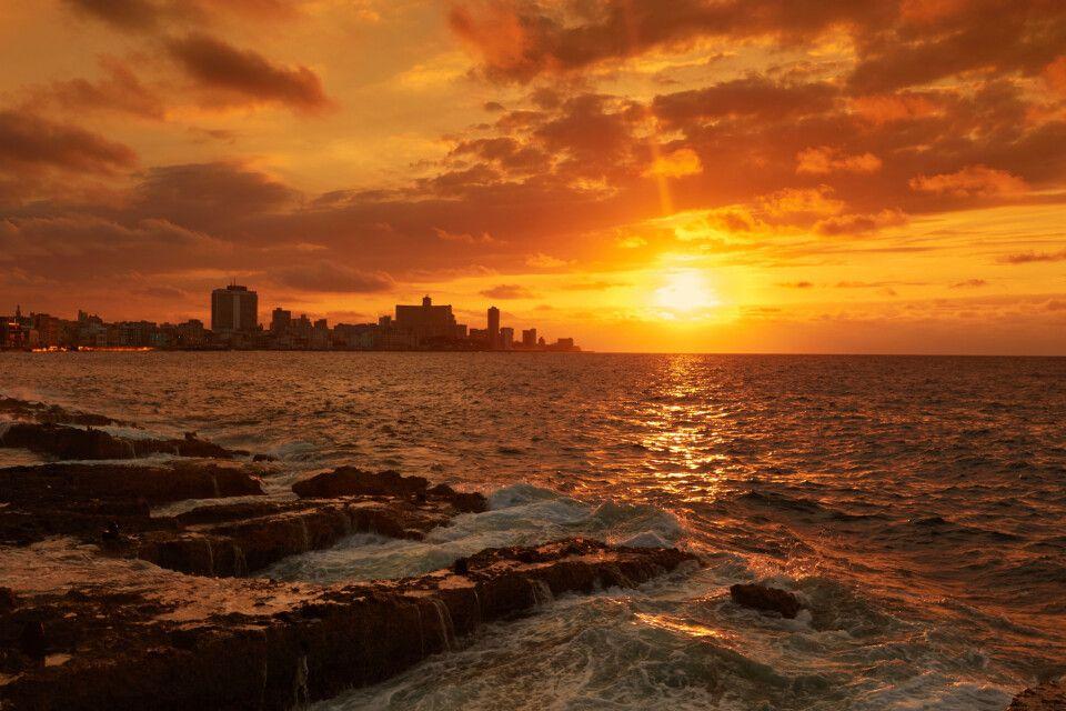 Sonnenuntergang vor Havanna