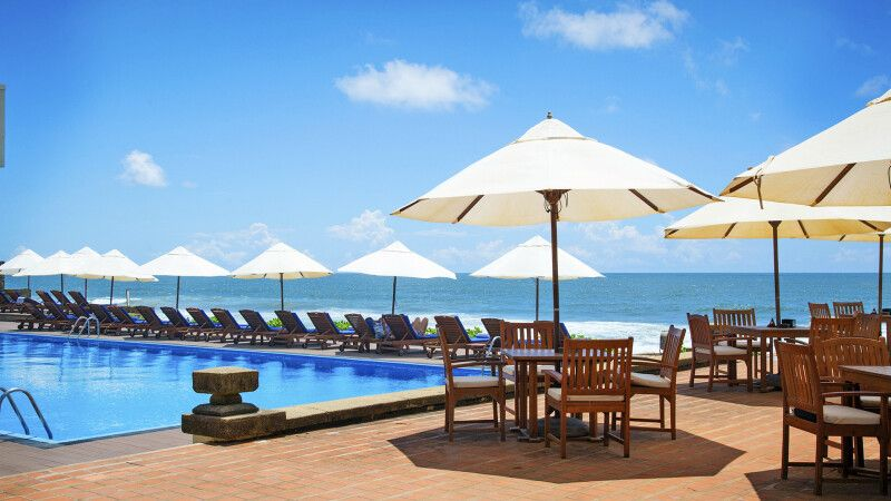 Hotel Galle Face Colombo – Pool © Diamir