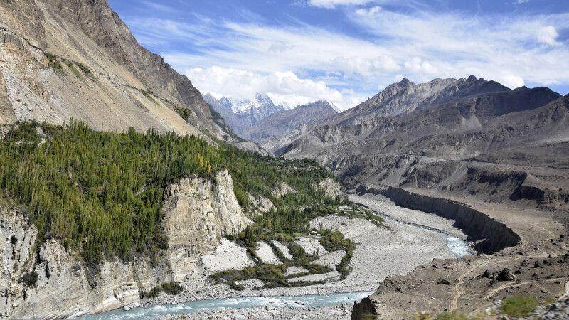 Das wilde Hunzaland im Norden Pakistans. © Diamir