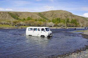 Flussdurchquerungen mit UAZ