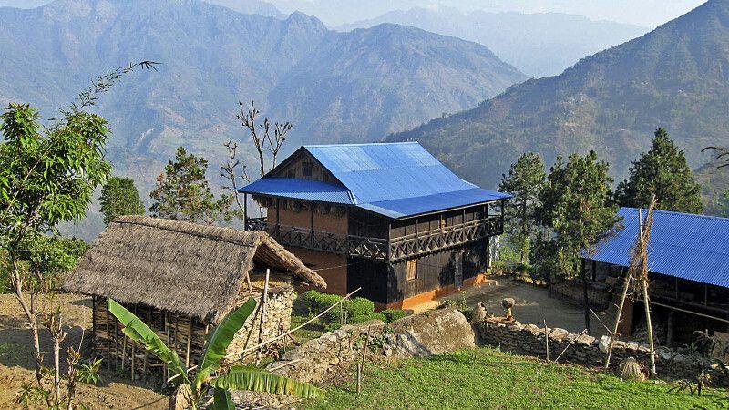Dorf auf dem Weg zum Kanchenjunga-Basislager © Diamir