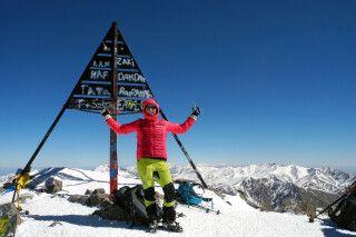 Auf dem Gipfel des Jebel Toubkal liegt einem ganz Marokko zu Füßen!