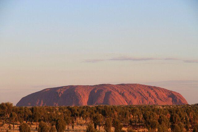 Uluru (Ayers Rock) im Sonnenuntergang - Eine etwas andere Perspektive
