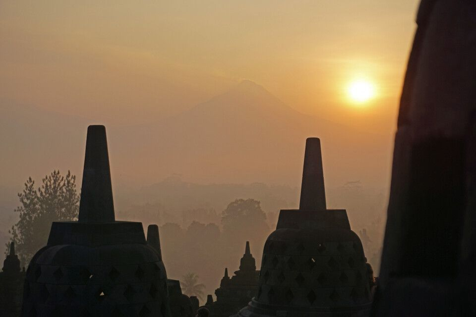 Borobudur im Sonnenaufgang