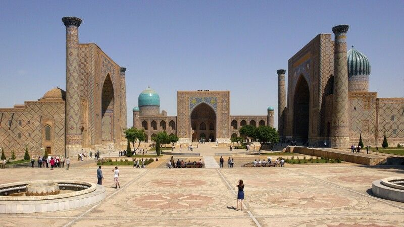 Samarkand Registan © Diamir