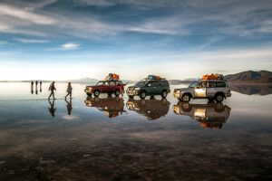 Unterwegs auf dem Salar de Uyuni bei Regenzeit