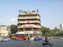 Am Hoan-Kiem-See in Hanoi