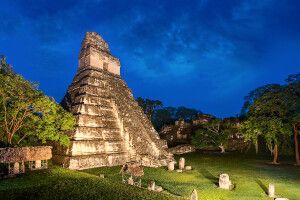 Tempel Gran Jaguar in Tikal (UNESCO)