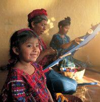 Einblick in die traditionelle Weberei in Guatemala