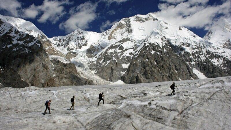 Auf dem Inyltschek-Gletscher © Diamir