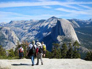 Wanderer am Panorama Trail, Yosemite-Nationalpark, Kalifornien