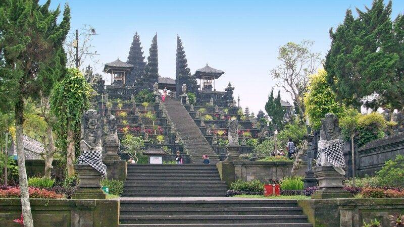 Tempel auf Bali © Diamir
