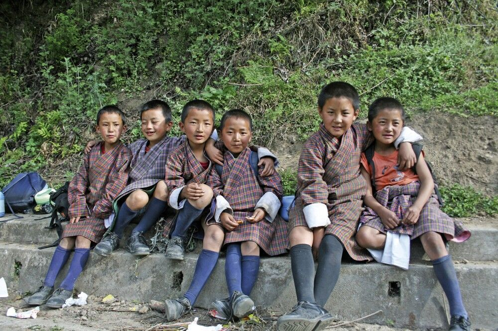 Schulkinder in Paro