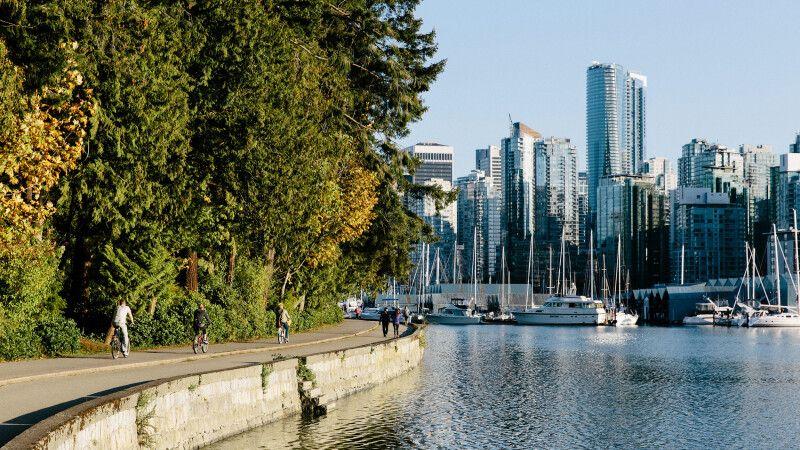 Blick vom Stanley Park auf Vancouver © Diamir