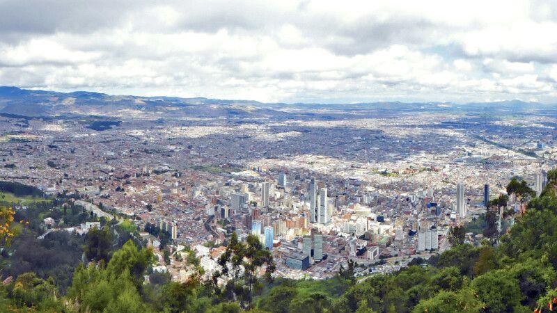 Aussicht über Bogota vom Cerro Monserrate © Diamir