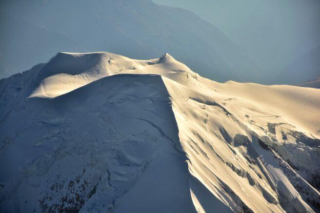 Gipfel des Illimani aus der Vogelperspektive