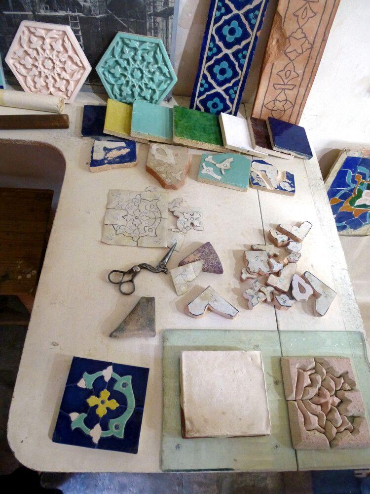Herstellung von Mosaiken und Majolika