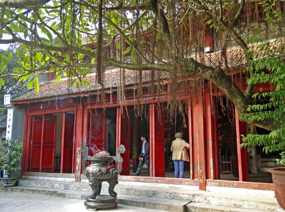 Im Tempel von Lao Cai im Norden Vietnams
