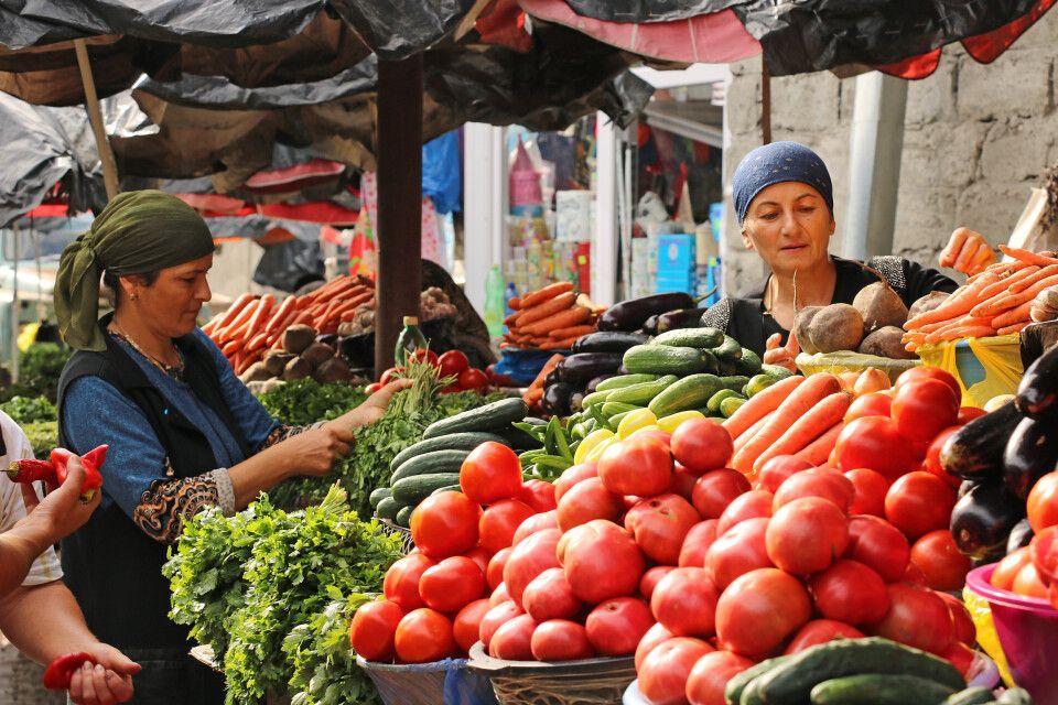 Markttreiben in Telawi