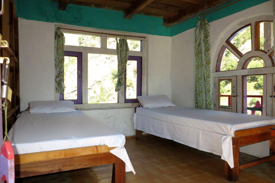 Einfaches Doppelzimmer in einer Lodge