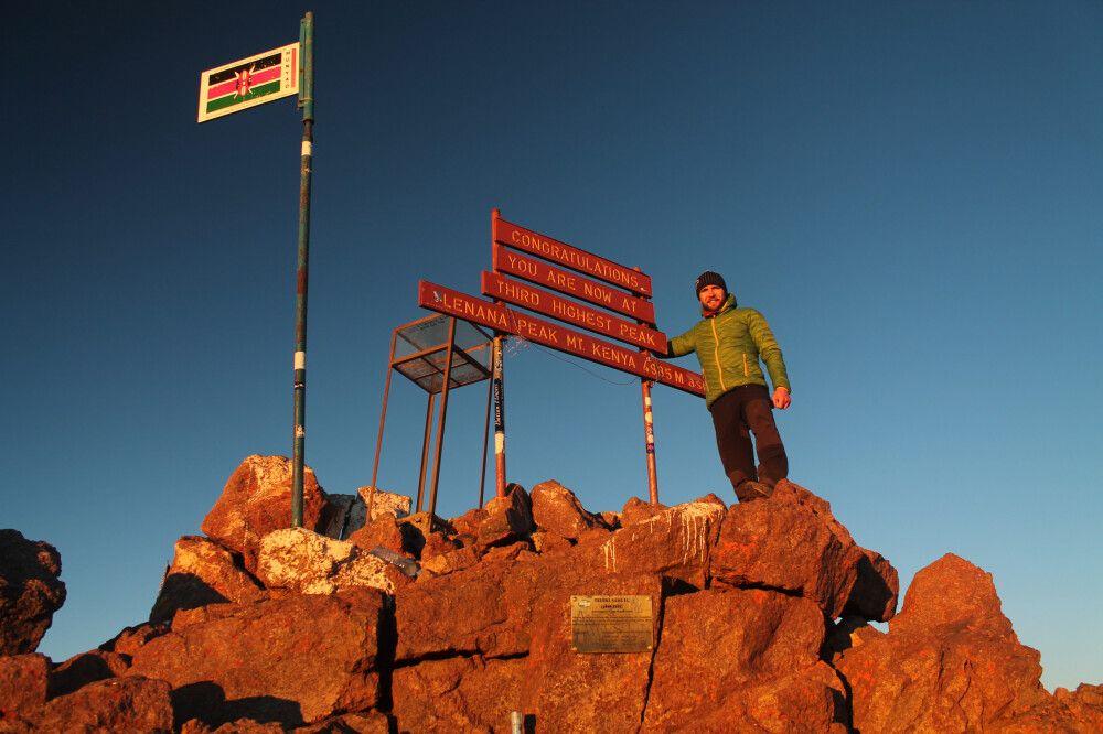 Geschafft! Point Lenana (4985m) zum Sonnenaufgang