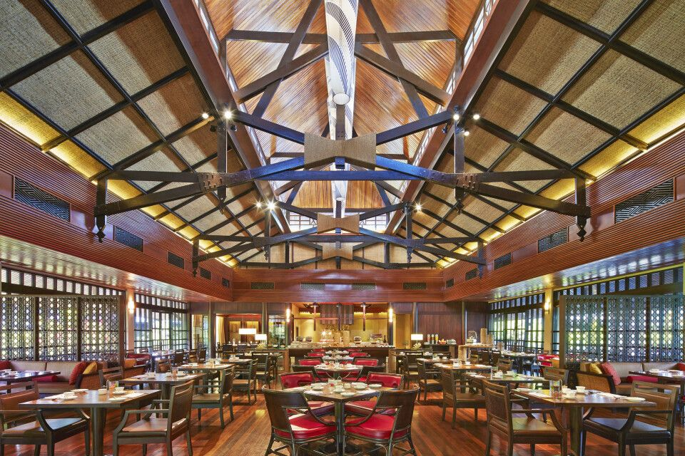 Mulu Marriott Resort & Spa Café Restaurant