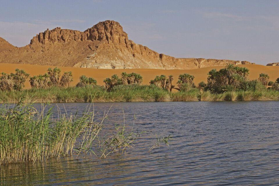 Ounianga Serir Bokou See