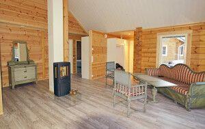 Gemütliches Wohnzimmer in der Blockhütte (Beispiel)