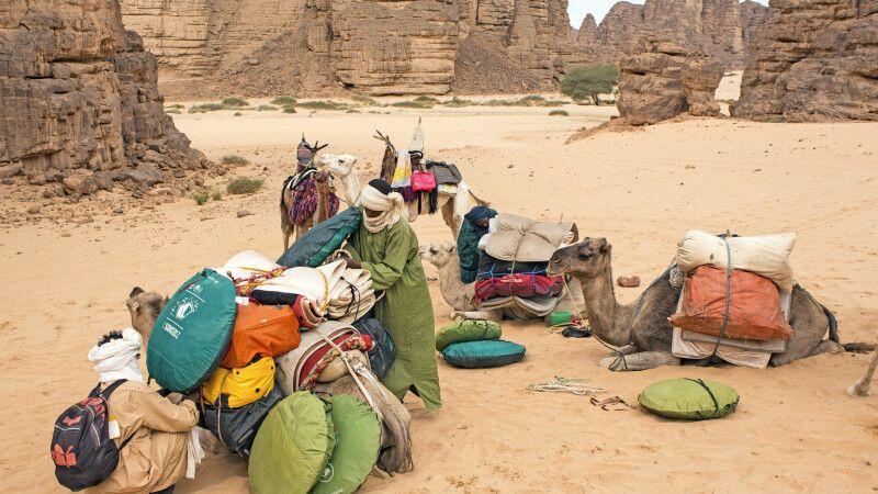 Vorbereitungen für das Trekking durch den Tassili n Ajjer NP und Tadrart © Diamir