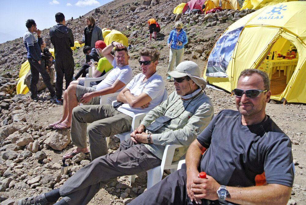 Zwischenrast (Expedition Damavand)