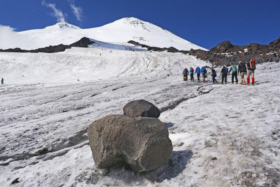 Unsere erste Akkli-Tour - Ziel sind die Pastuchov-Felsen in ca. 4700 m Höhe
