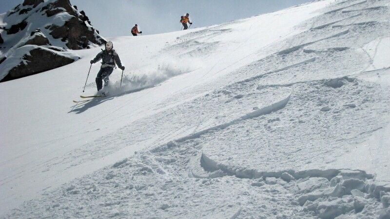 Skitour im Kaukasus © Diamir